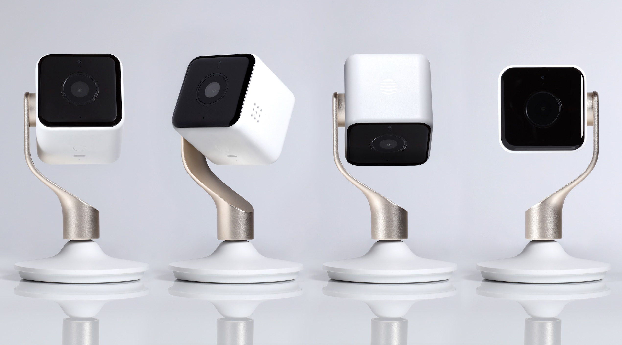 Keep An Eye On Your Home S Interior With The Mobile Hive View