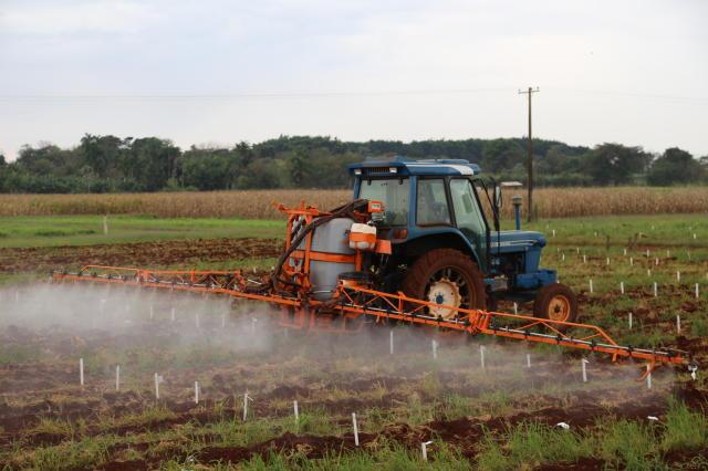 A Câmara Setorial de Agrotóxicos tem por objetivo debater a utilização de defensivos agrícolas em Mato Grosso