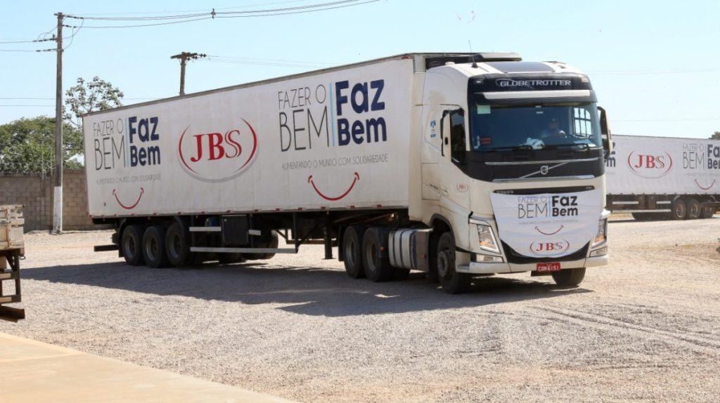 Doação da JBS chega a Canarana (MT)1