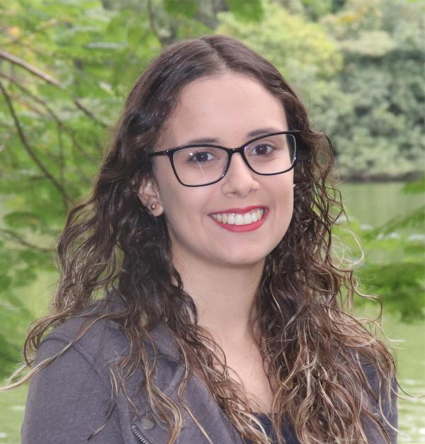 Taís Cristina Menezes