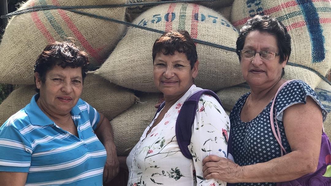 Velandia_sisters-campesino
