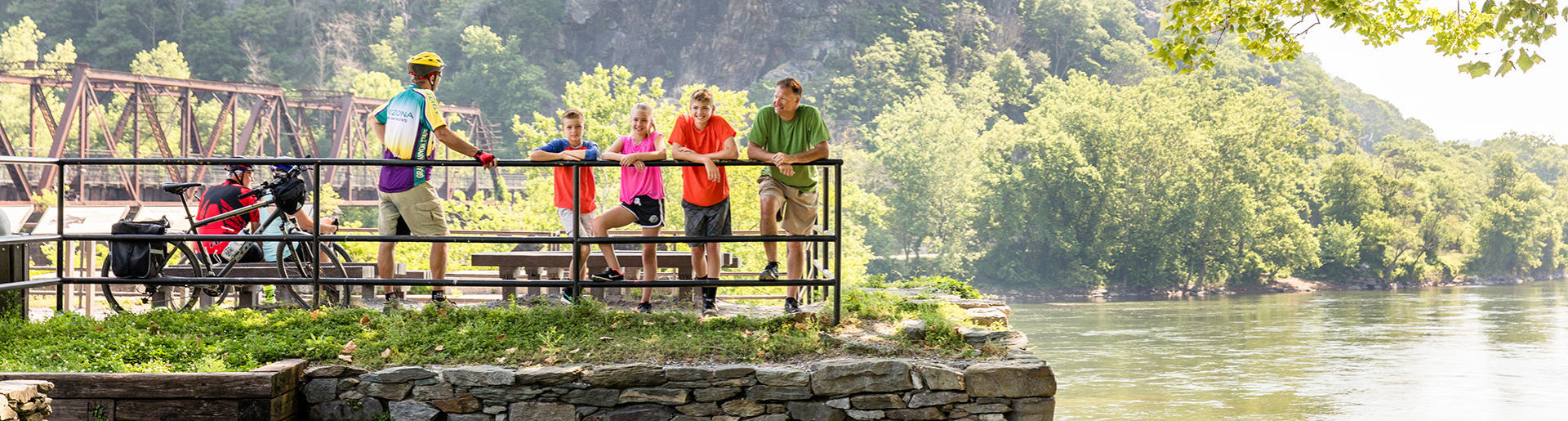 hiking and biking Harpers Ferry potomac and shenandoah rivers