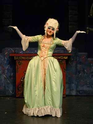 Madame de la Grand Bouche