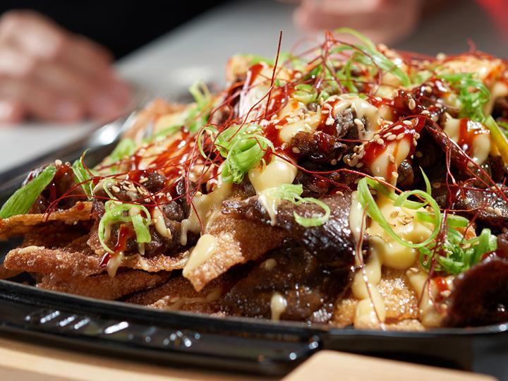 A plate of beef bulgogi nachos