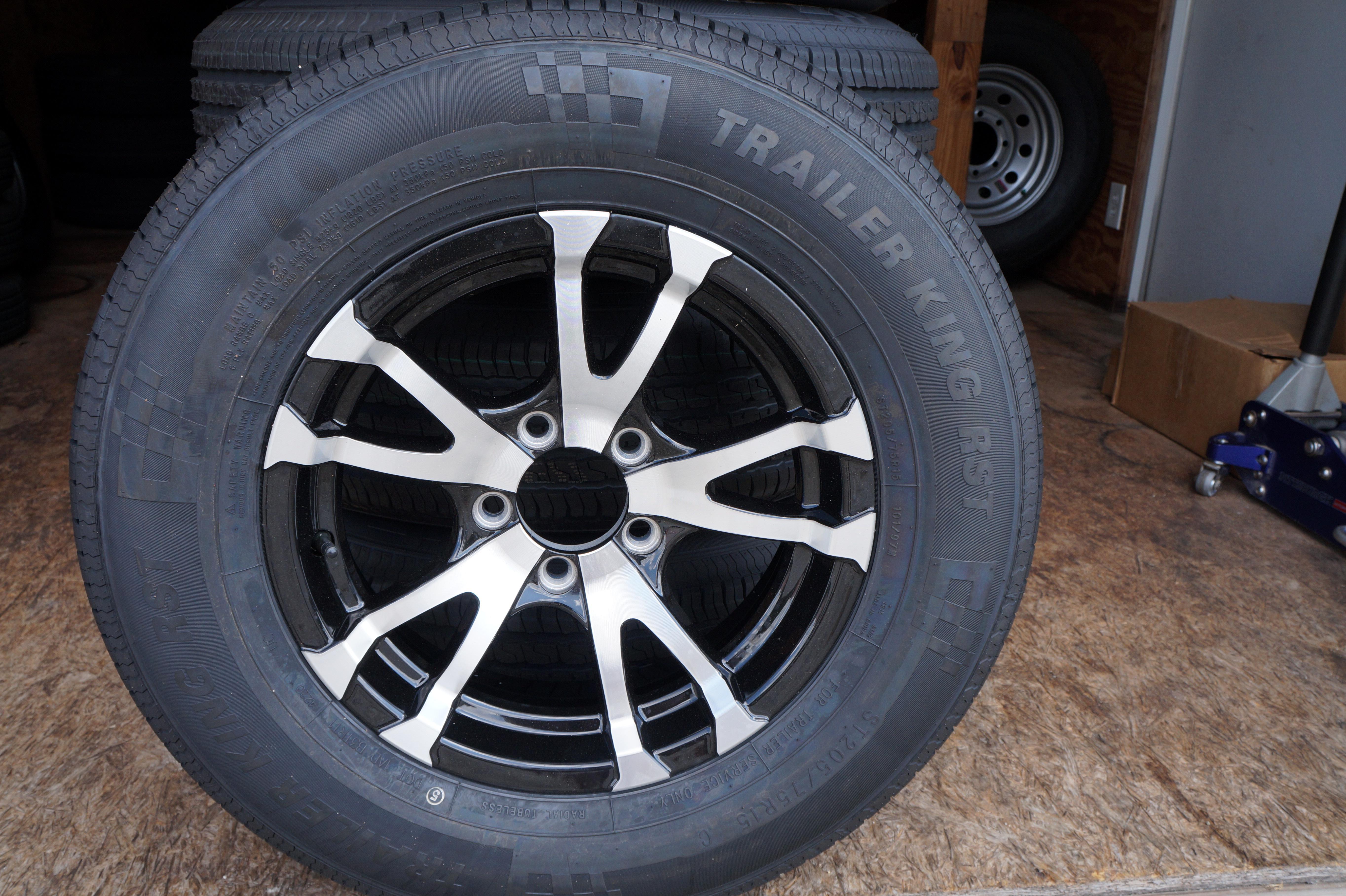 ST205/75R-15C Avalanche Aluminum Wheel
