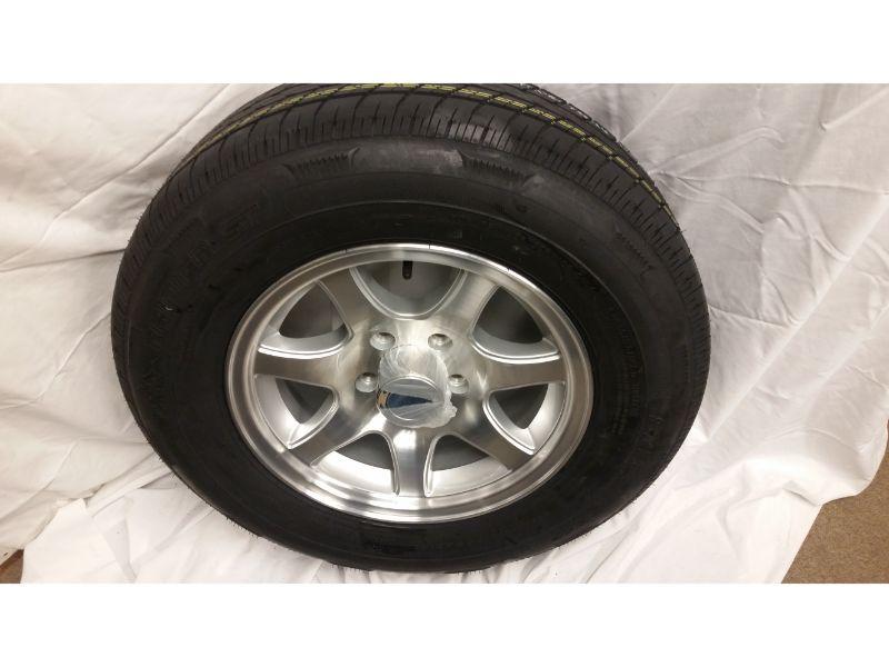ST205/75/R15 Trailer Wheel/Radial Tire 5 Lug Aluminum 7 Spoke Wheel