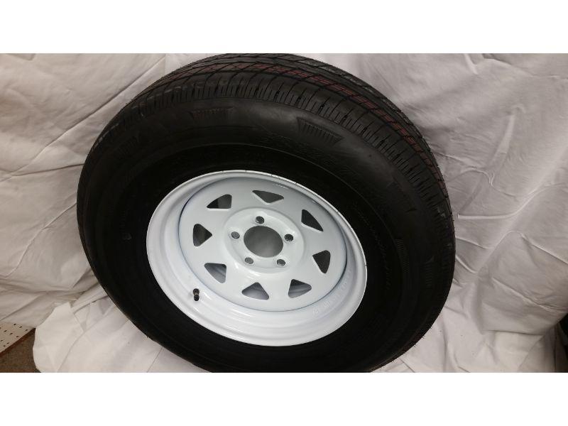 ST225/75/R15 Trailer Wheel/Radial Tire, 5 Lug White Spoke