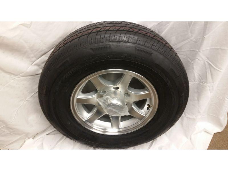 ST225/75/R15 Trailer Wheel/Radial Tire 6 Lug Aluminum 7 Spoke Wheel