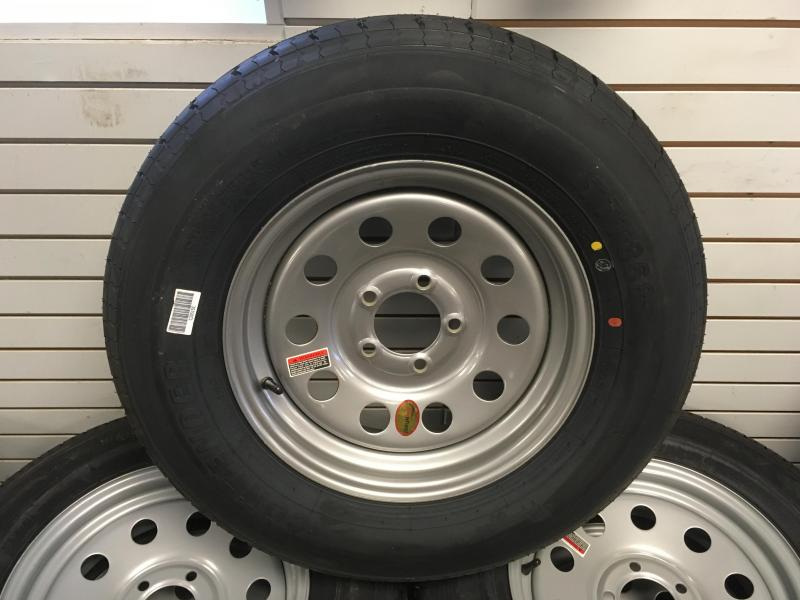 """15"""" Radial new tire and wheel"""