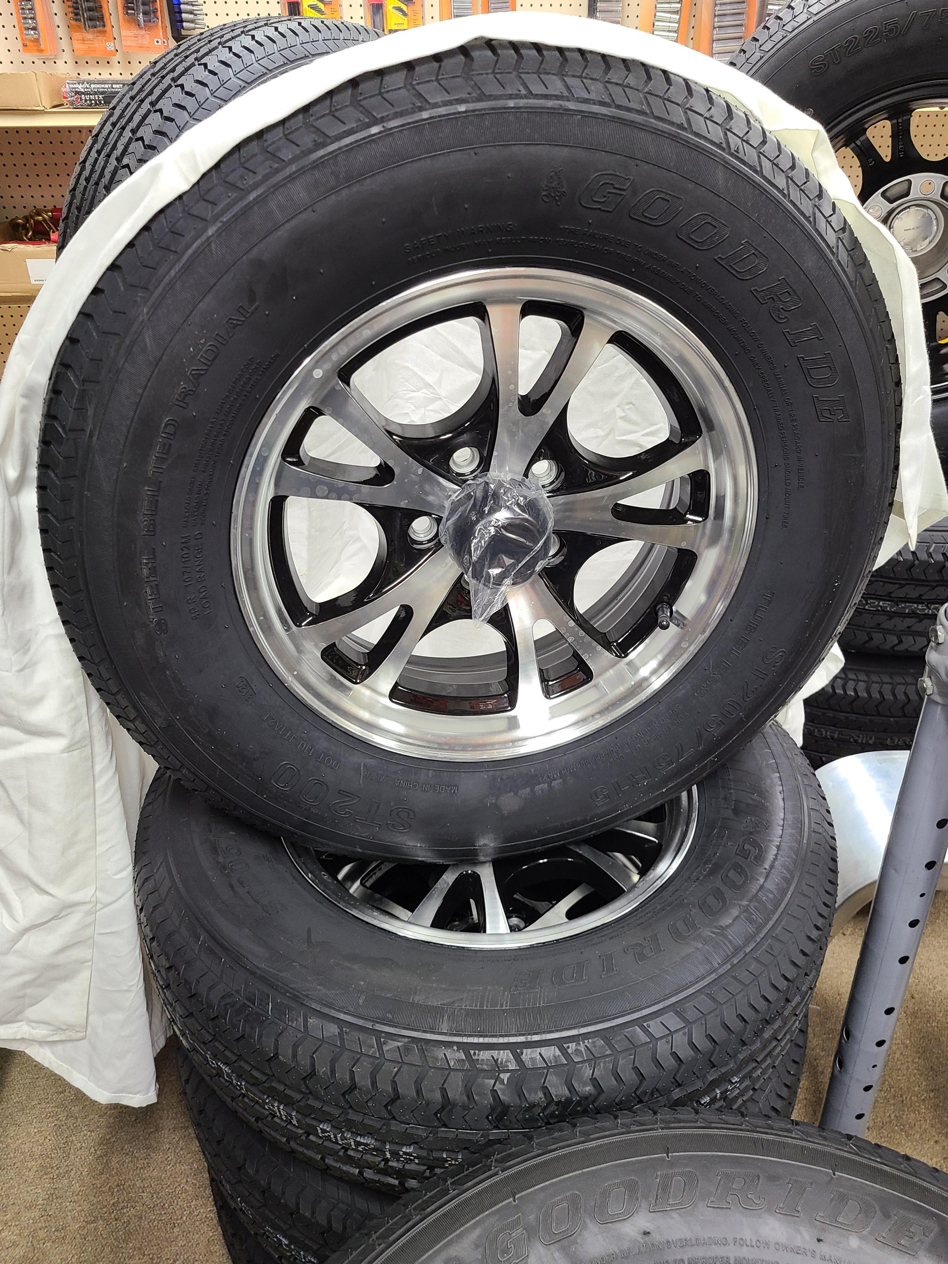 ST205/75/R15 Trailer Wheel/Radial Tire (Set of 4)