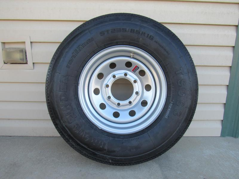 Tire ST235/85R16/8 Hole Single