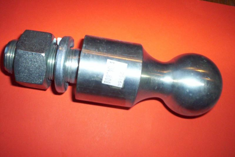 Gooseneck hitch ball