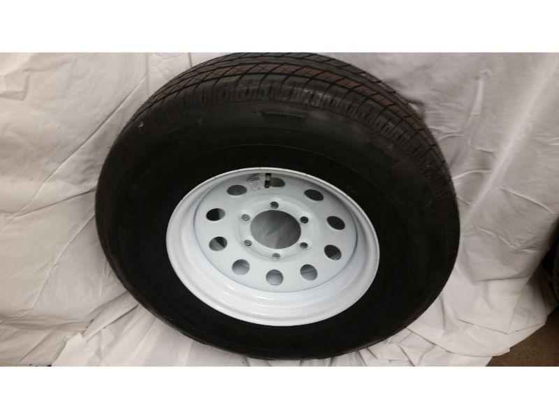ST225/75/R15 Trailer Wheel/Radial Tire, 6 Lug White Mod
