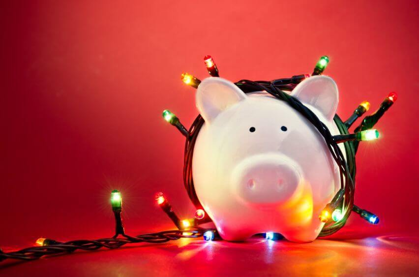 6 Holiday Marketing Tips on a Budget