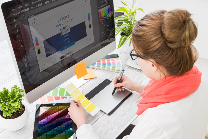 5 Reasons to Hire a Graphic Design Professional