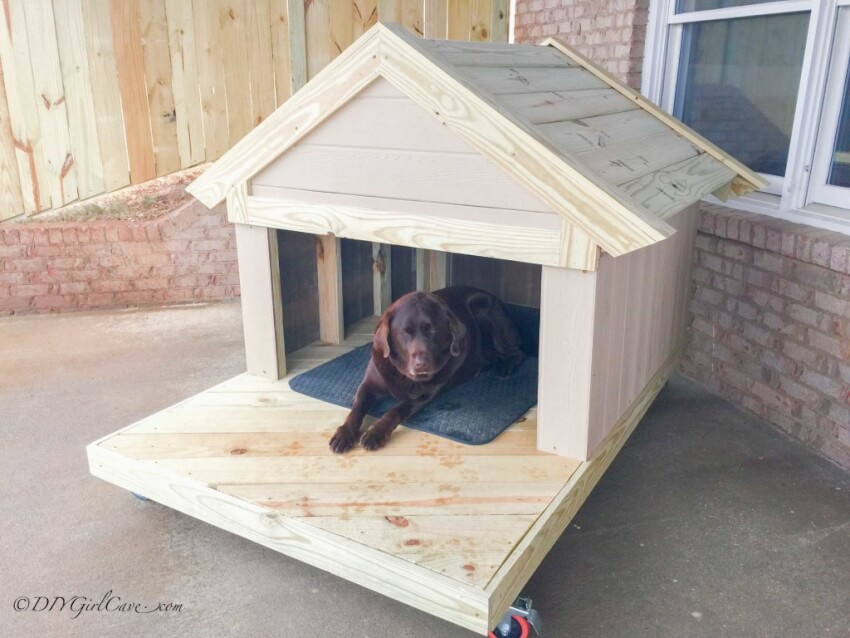 How to build a remarkable diy dog house 21 free plans for Diy outdoor dog house