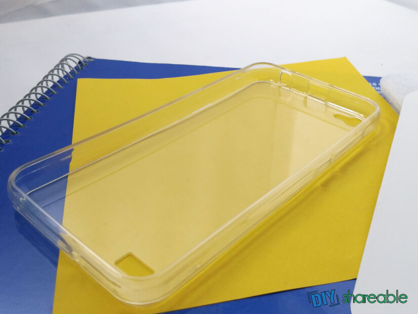 unpacking the transparent to get started for your custom case
