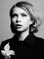 That Girl: Tavi Gevinson's Transformations