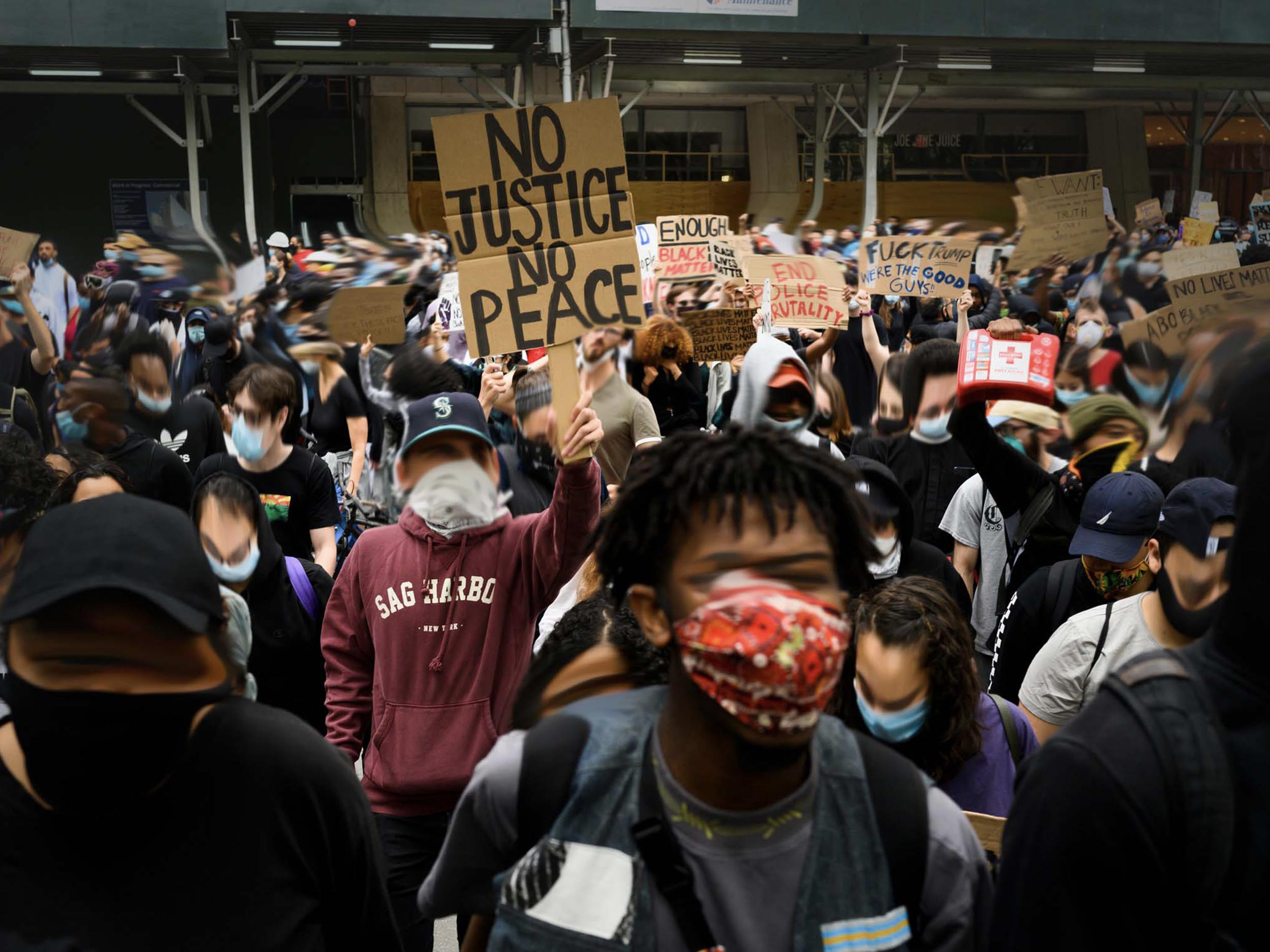 The blurred faces—and ethics—of protest photography