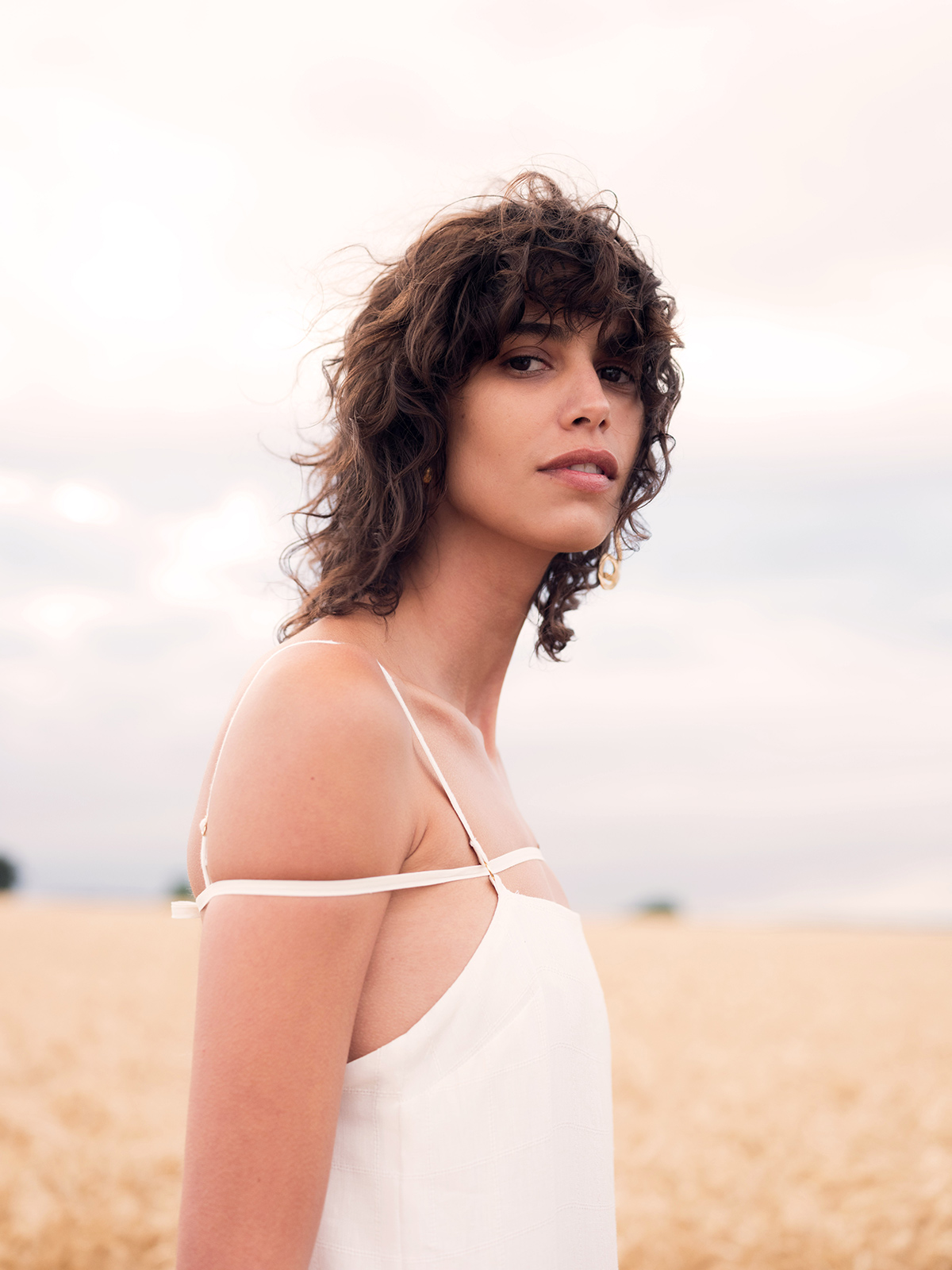 Derrida, asymmetrical dresses, and a wheat field: Deconstructing the Jacquemus Spring 2021 collection
