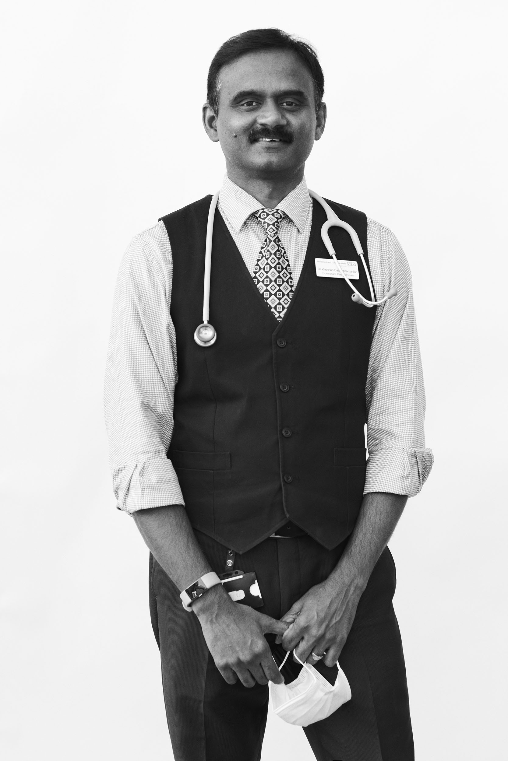 Photographer Edd Horder honors the hospital workers on Britain's COVID front lines