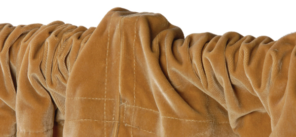 drape with unsightly hump