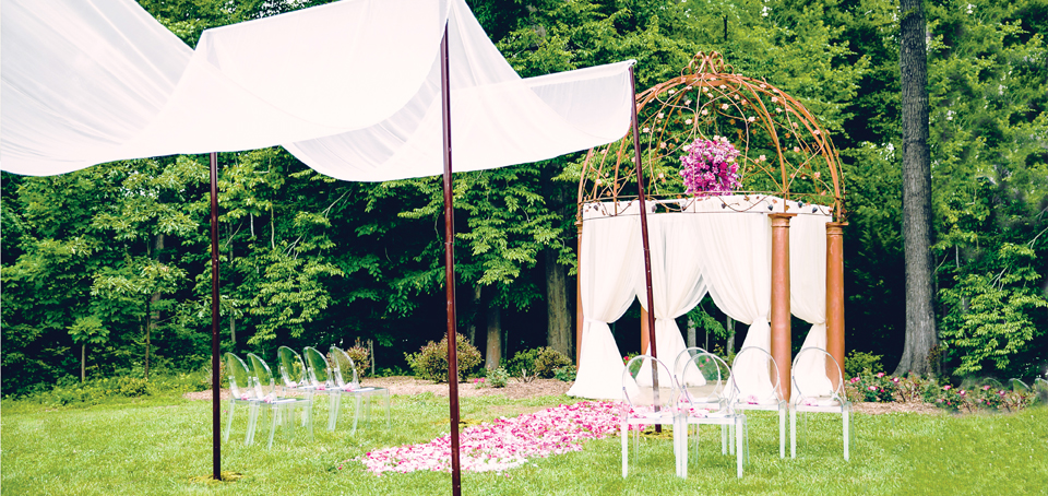 White Sheer Canope for Wedding