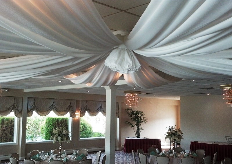 White Evento Ceiling Treatment