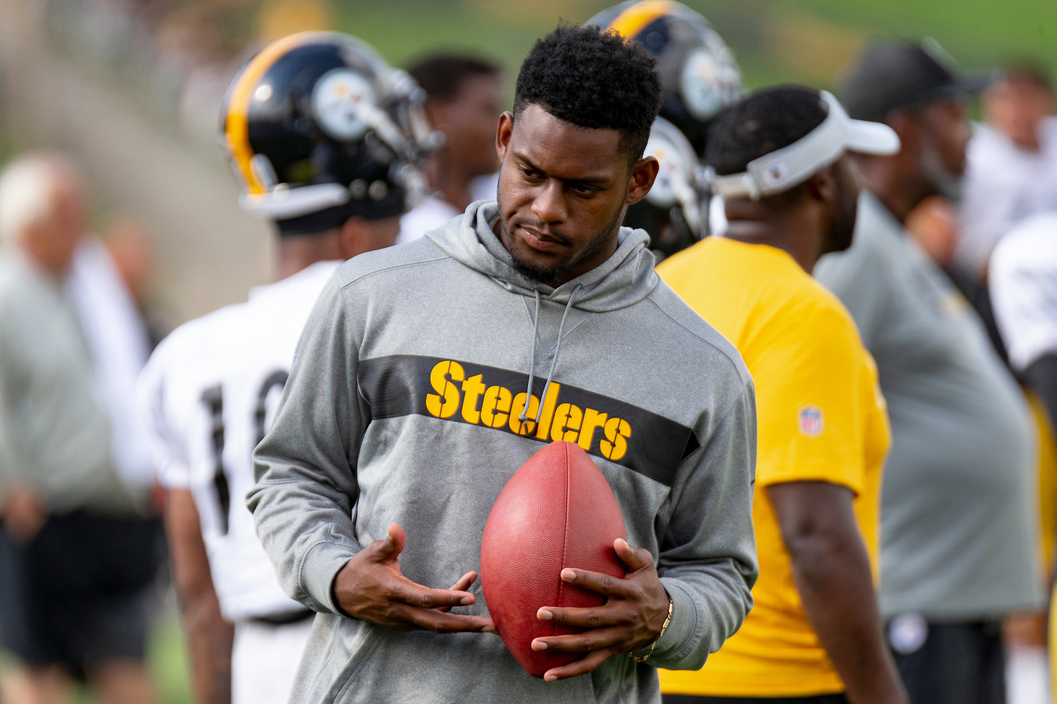 JuJu-Smith-Schuster-pittsburgh-steelers-questionable