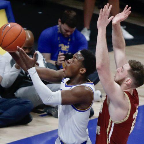 pitt-panthers-basketball-boston-college-xavier-johnson