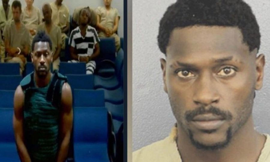 antonio-brown-court-jail-anti-suicide-smock-mugshot