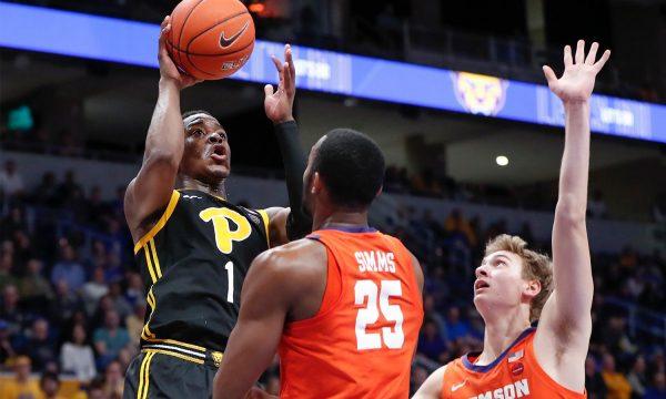 Xavier-Johnson-shot-clemson-basketball