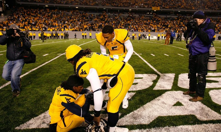 Pitt-WVU-2007-backyard-brawl