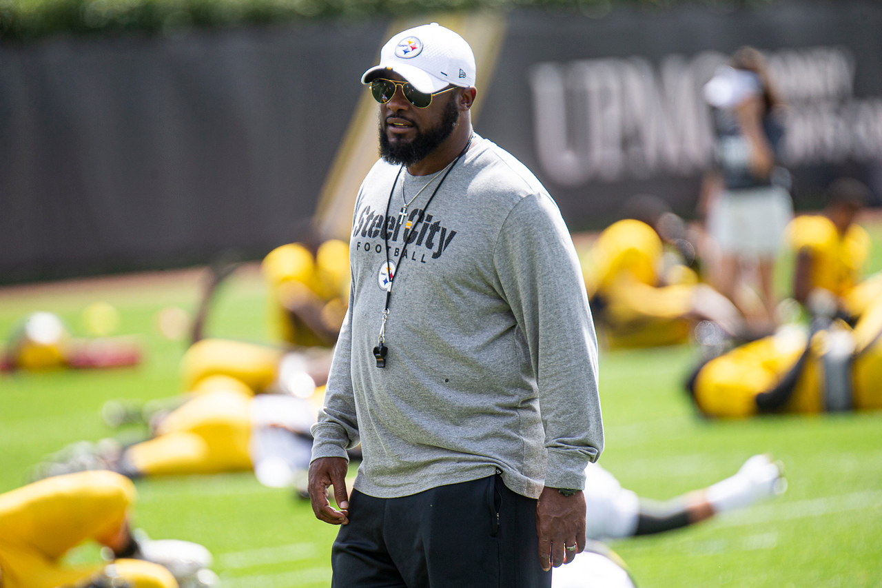 The Pittsburgh Steelers' 2020 schedule has them staying close to home