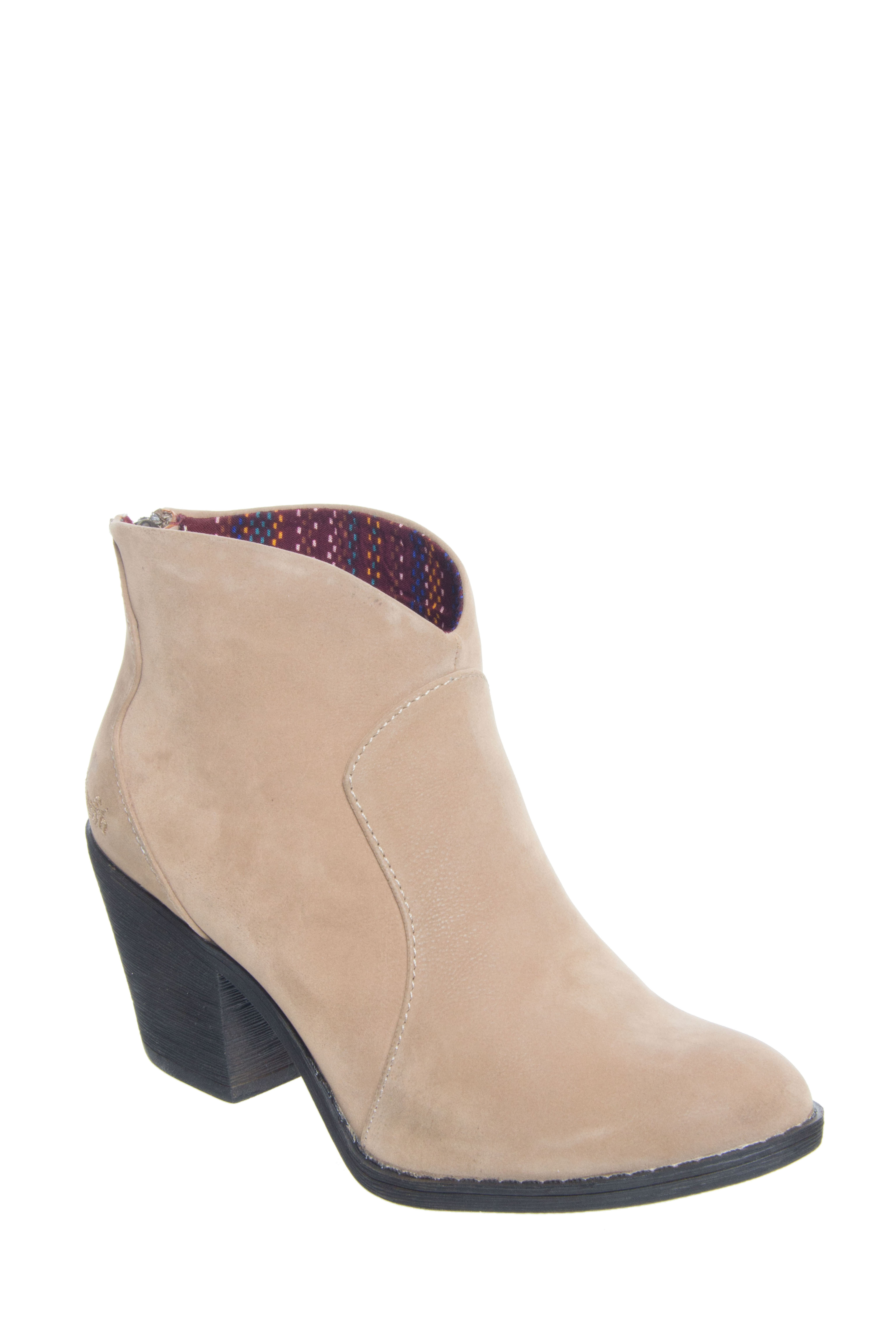 Blowfish Schloss Mid Heel Booties - Wheat Fawn