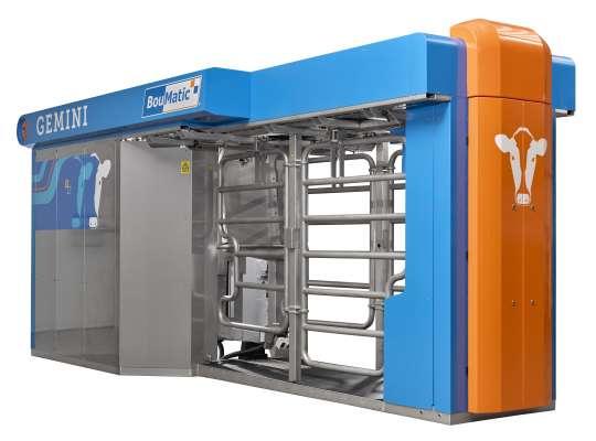 Porte ouverte au Gaec du Mouzon // 2 robots MR-S2 simple box + 1 Gemini simple box