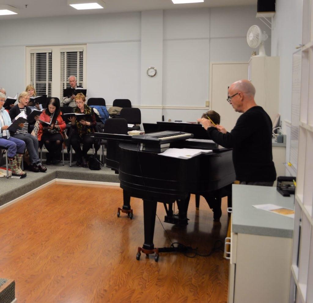 choir rehearsing 2