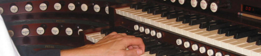 Opus 112 keys and stops