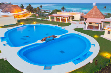grand bahia principe-tulum-Best Dolphinariums In the Mayan Riviera