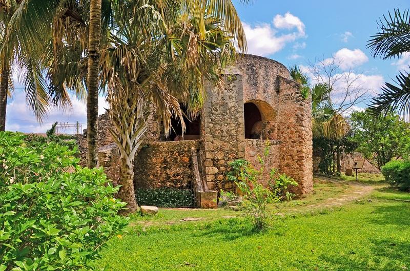 Valladolid, Mexico es un destino cercano a Cancún.