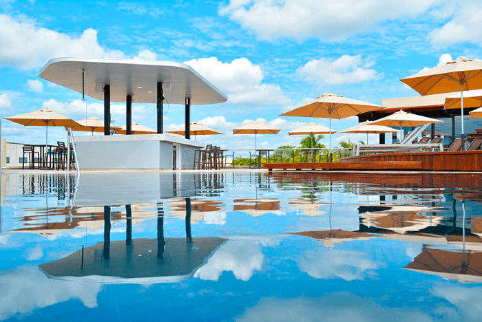Cancun beautiful landscapes and Sundeck Lounge