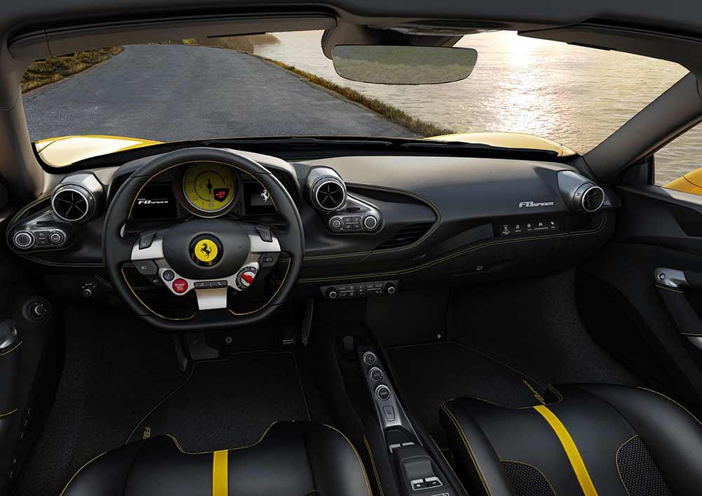 Ferrari F8 Spider 3