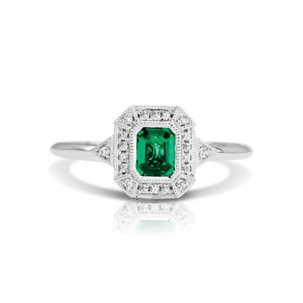Emerald Cut green emerald gemstone and Diamond antique Style fashion Ring