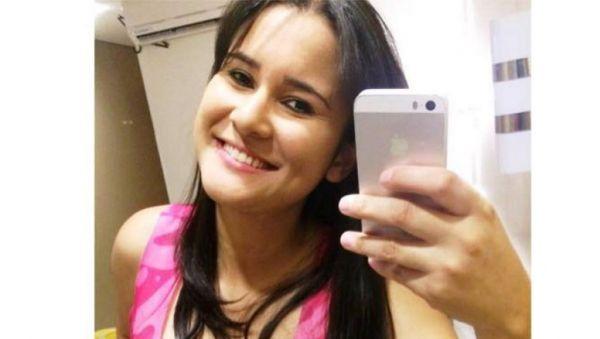 A Jovem de 26 anos estava desaparecida desde a noite de domingo (3). Corpo foi levado para o IML. (Foto: Reprodução/Facebook)