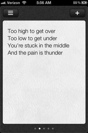 Screenshot Verses notebook + rhyming dictionary on iPhone
