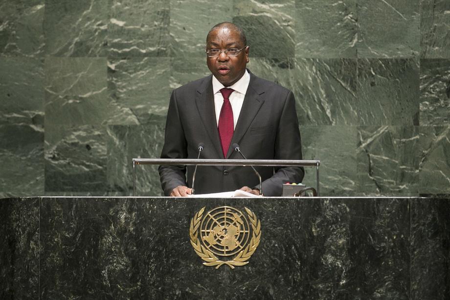 H.E. Mr.Mankeur Ndiaye