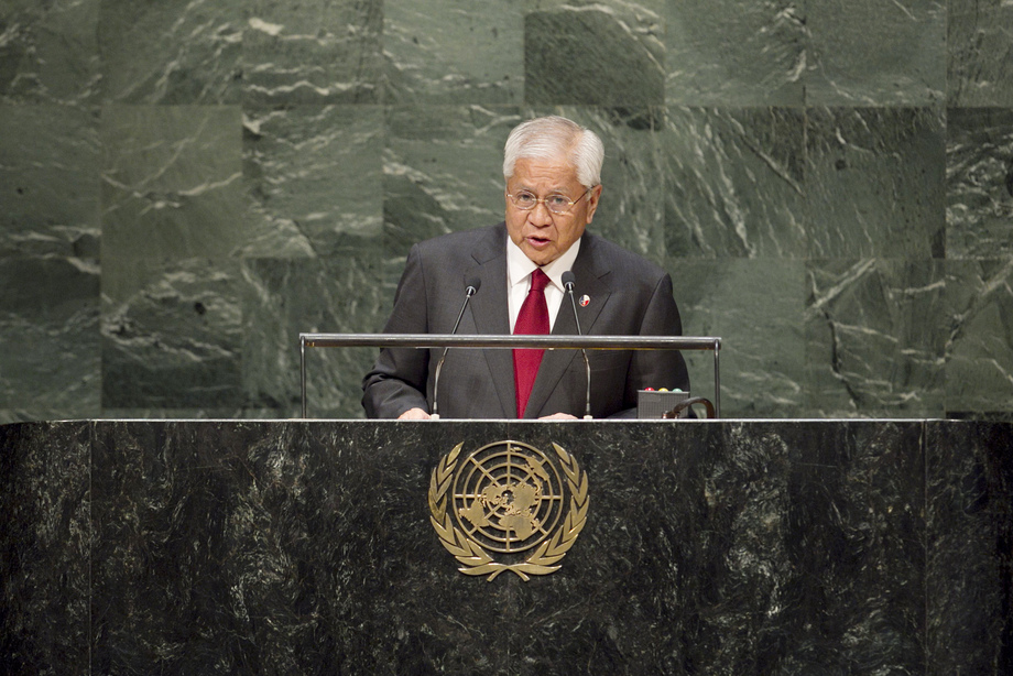 H.E. Mr.Albert Del Rosario