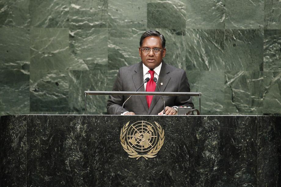 H.E. Mr.Mohamed Waheed