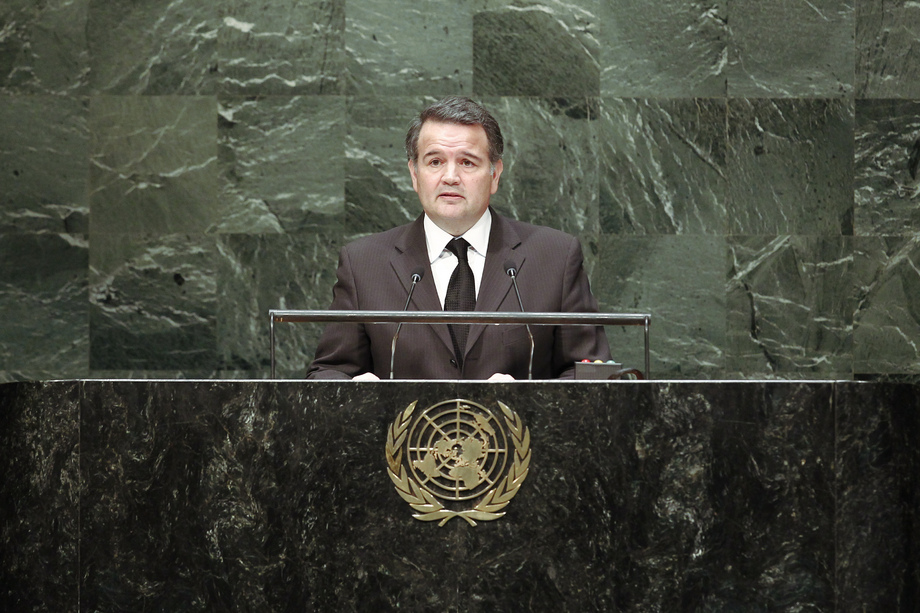 H.E. Mr.José Antonio Dos Santos