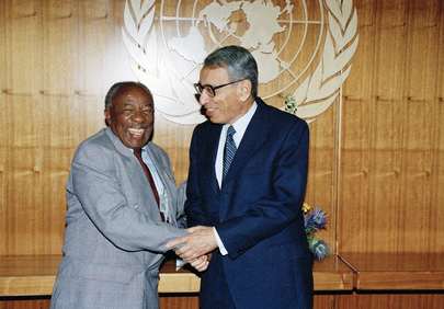 Secretary-General Meets with Foreign Minister of South Africa